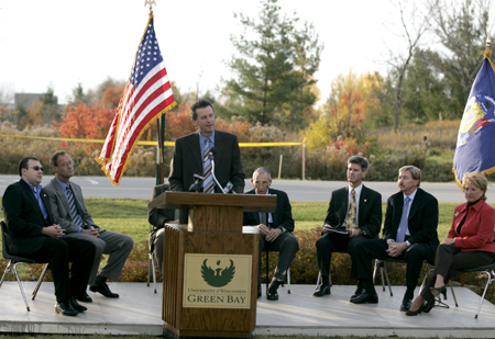 Photo: Chancellor Bruce Shepard praised UW-Green Bay students for their far-sighted commitment to the facilities project.
