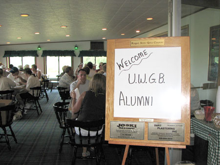 Photo: Sign in clubhouse for UW-Green Bay alumni golf outing.