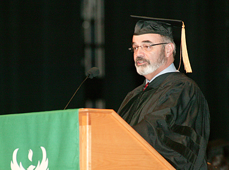 Photo from UW-Green Bay Commencement, December 2007.