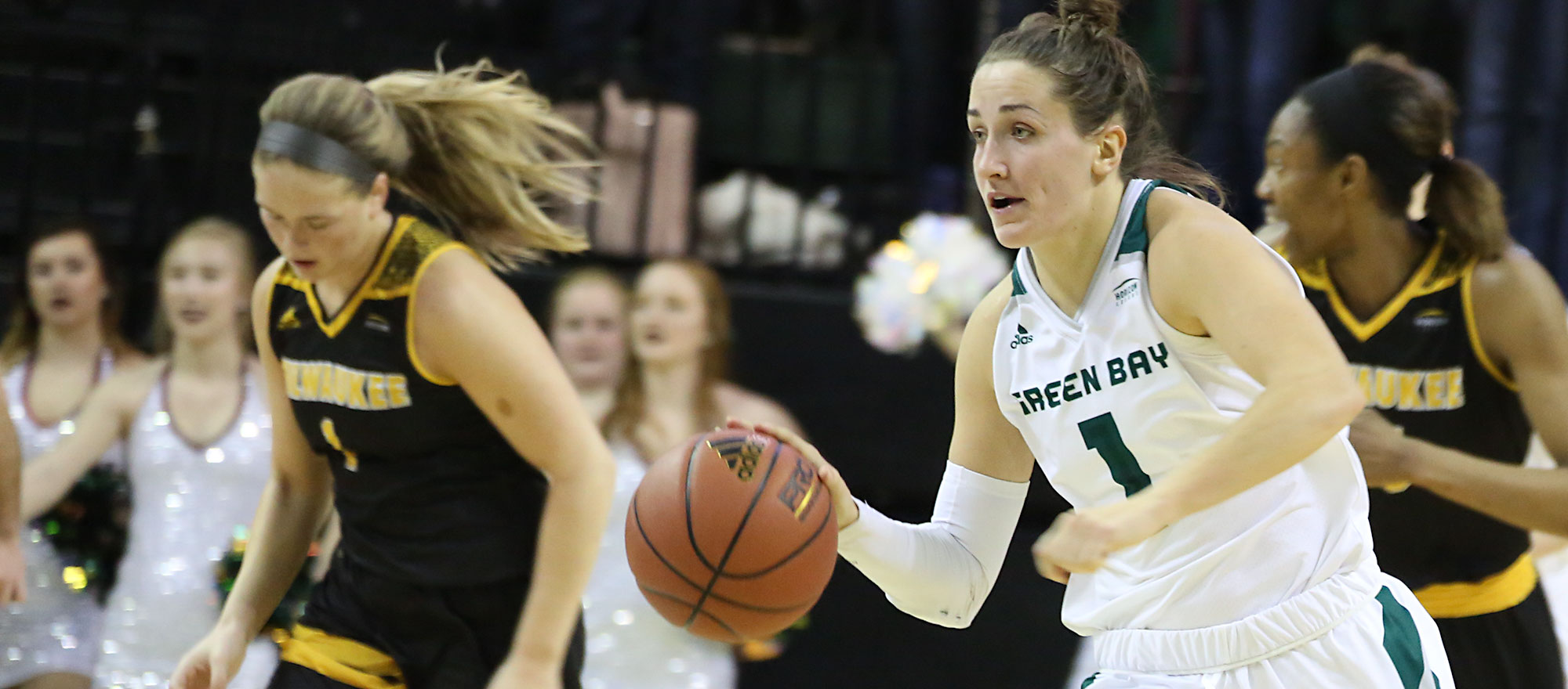 Green Bay hosts WNIT game