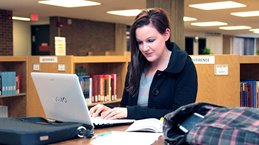 UW-Green Bay student studying online